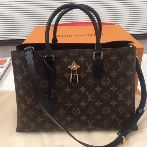 buy online 35a43 abb11 ルイヴィトンのフラワートート 新作バッグを和歌山で高価買取 ...