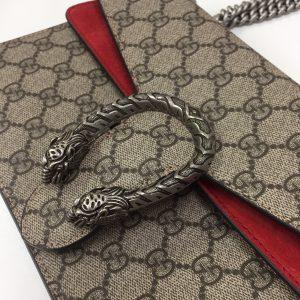 Gucci 蛇 スネーク ショルダーバッグ